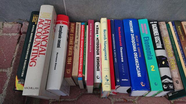 Ekonomia / Finanse / Zarzadzanie - książki rozne pozycje