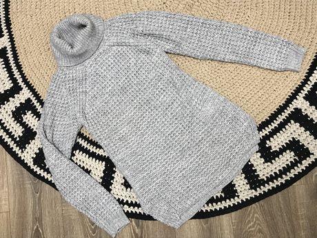 Теплый свитер , рубчрк , вязанный