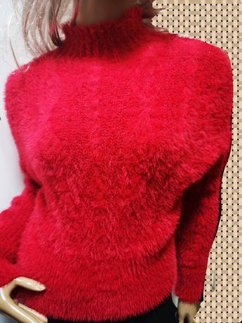 Sweterek czerwony półgolf crop rozm standard xs /S