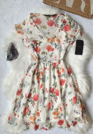 Sukienka w kwiaty Zara S 36 biała letnia