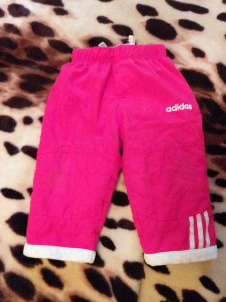 Спортивные утепленные штаны на девочку