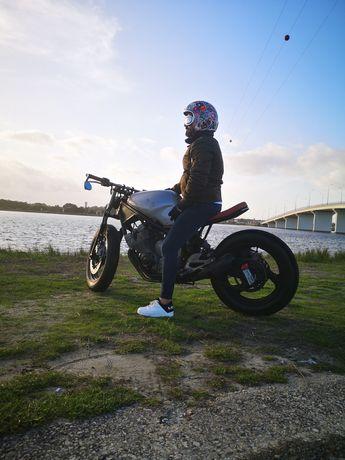 Yamaha XJ 600 café racer