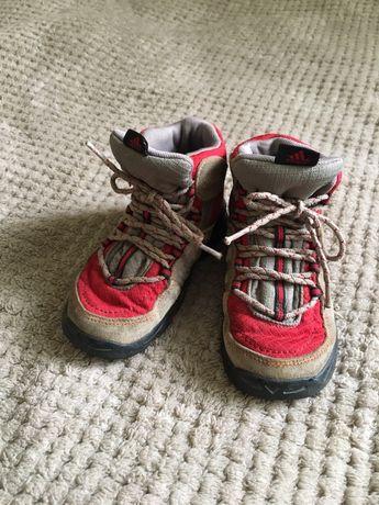 Демисезонные ботинки Adidas (оригинал), трекинговые ботинки