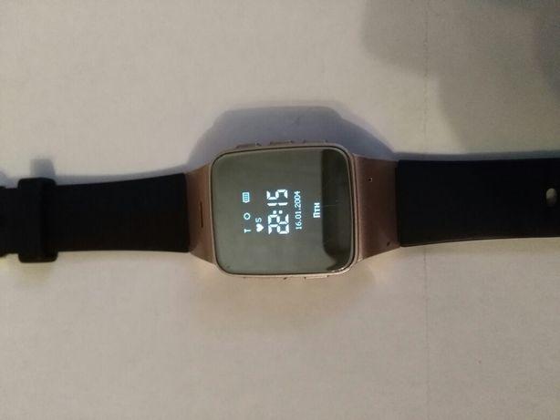 Продам смарт-часы с GPS трекером и телефоном jetix D99 Pink
