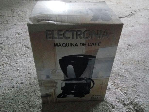 Máquina de fazer café
