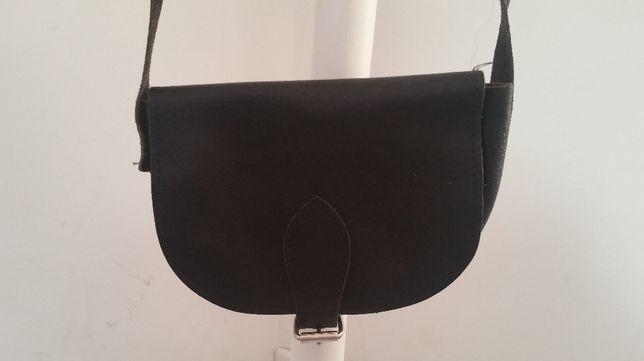 czarna skórzana mini torebka torebeczka portmonetka vintage salisbury