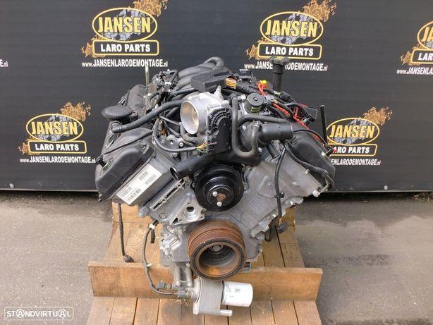 Range Rover Sport L320 e Discovery 3 L319 motor 4.4 V8