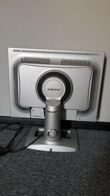 Samsung (SyncMaster 214T)