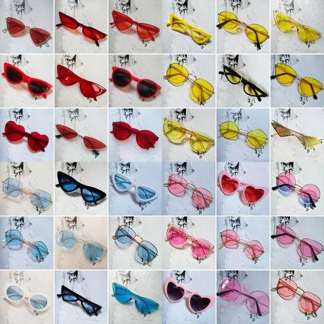Солнцезащитные очки в ассортименте