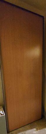 Drzwi lustro do szafy przesuwnej okucia robiona na wymiar