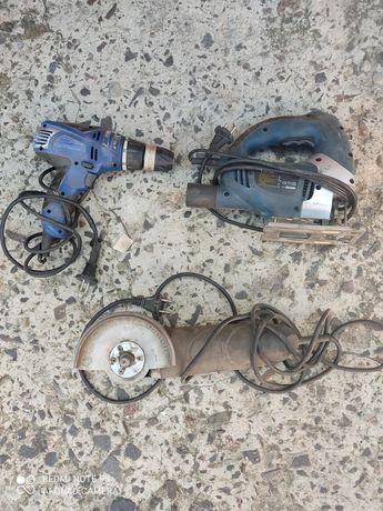 Продам електро інструмент, болгарка,шуруповерт,електро лобзік.
