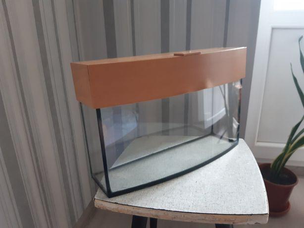 Аквариум на 6 литров+керамический домик