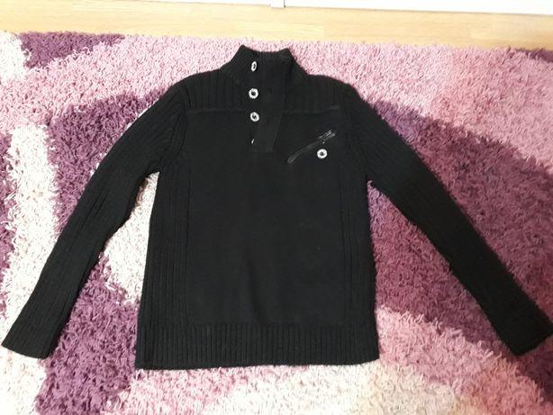 Czarny sweterek L