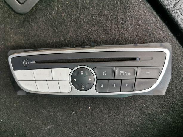 Auto-radio usado
