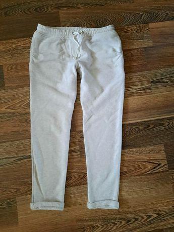 Стильные штаны,джинсы на девочку