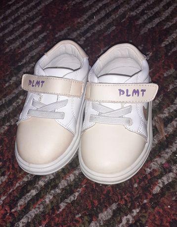 Кросівки, кеди для дівчинки