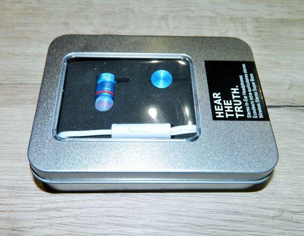 Вакуумные Stereo Наушники для музыки в металлическом кейсе