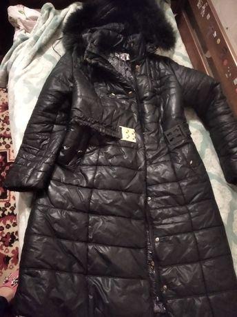 Пальто зимние чёрное