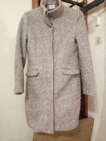Пальто тёплое H&M в идеальном состоянии