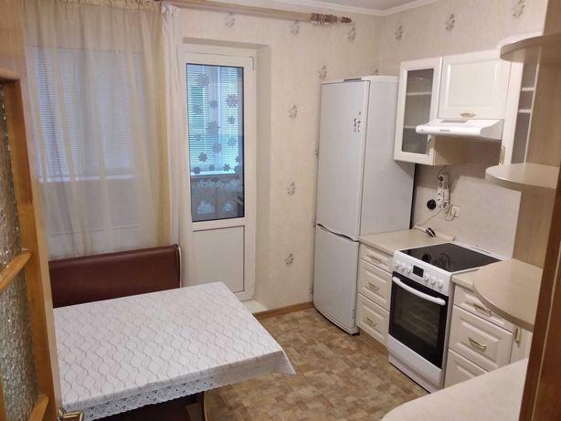 Без%. Продаётся хорошая 1-я кв, 43 кв.м., дом 2006 г., на Троещине.