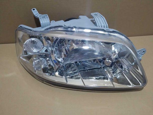 Правая фара Шевролет Авео Т-200 (2002-2005) под электро корректор