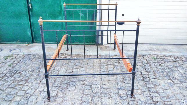 Cama de Ferro - 1,3m largo (corpo e meio)