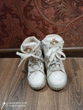 Сапожки,(ботиночки) на девочку, 23 размер