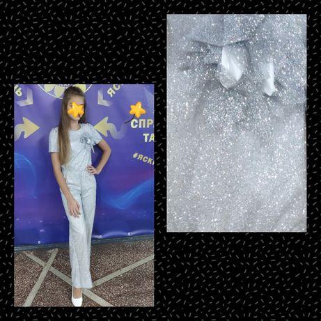 Нарядное платье, платье с паеток, платье снежной королевы