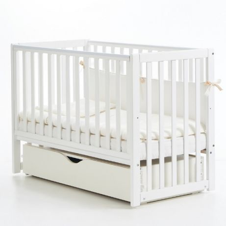 Детская кроватка Veres белого цвета (Соня ЛД13) с маятником