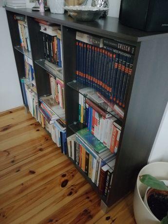 Regał na książki i nie tylko