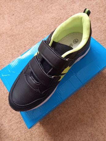 Продам взуття дитяче