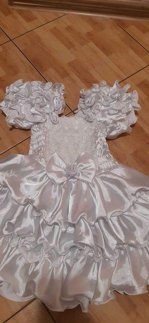 sukieneczka biała Cudo