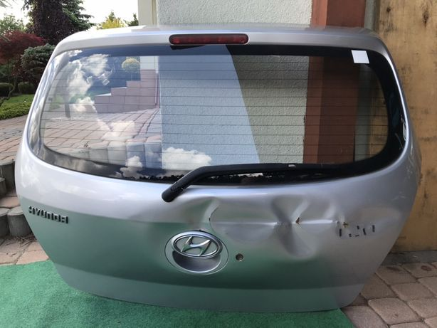 Klapa tylna Hyundai i20 uszkodzona