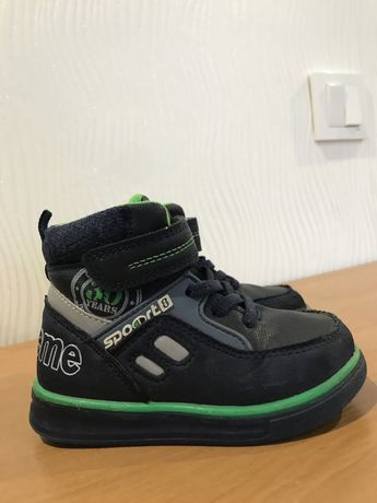 Ботинки ,демисезонные ботиночки