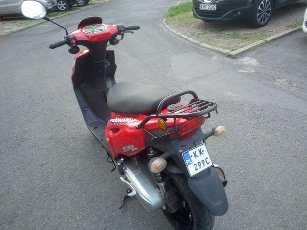 Sprzedam skuter..