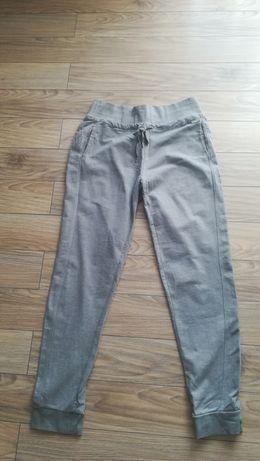 Reserved spodnie dresowe damskie w rozmiarze L