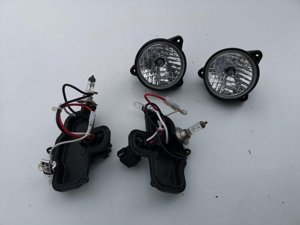 Zestaw z lamp roboczych. Wewnętrzne lampy oraz zaślepki i żarówki