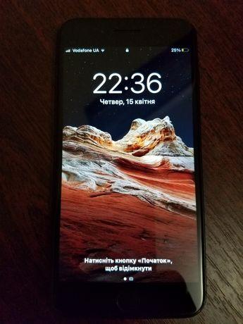 Мобільний телефон iPhone 7+