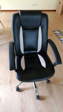 Cadeira escritório.