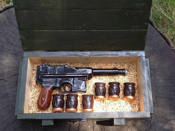 Подарочный набор для мужчины пистолет MAUSER C96 в деревянном ящике