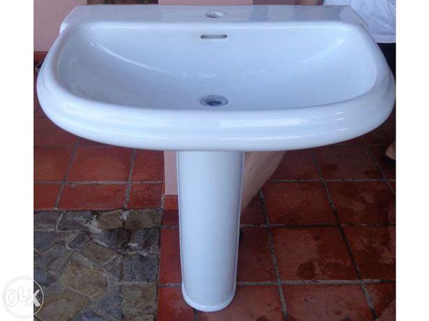 Lavatorio/lavatorios