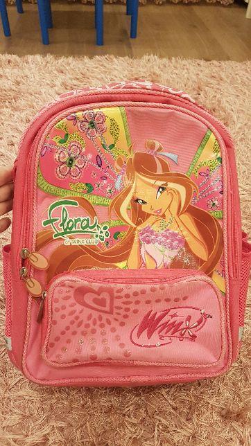 Рюкзак школьный для девочки Клуб Винкс