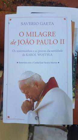"""Livro """"o milagre de joao paulo ii"""""""