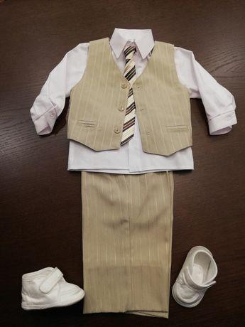 Chłopięcy garnitur ubranie komplet rozmiar 92