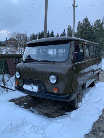 УАЗ пасажирський