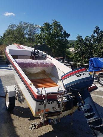Vendo barco de recreio em bom estado