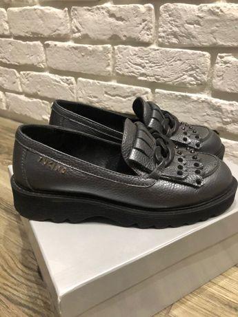 Продам стильные туфли
