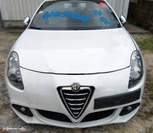 Alfa Romeo Giulietta 1.6 JTDM 105cv - 2010 - Para Peças