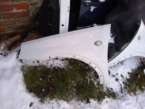 Opel corsa C lift błotnik lewy przód