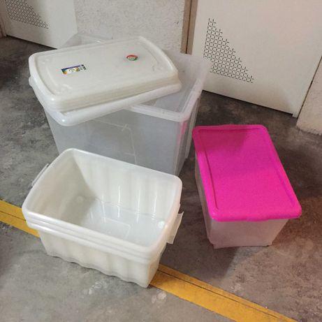 Caixas de arrumação em plástico